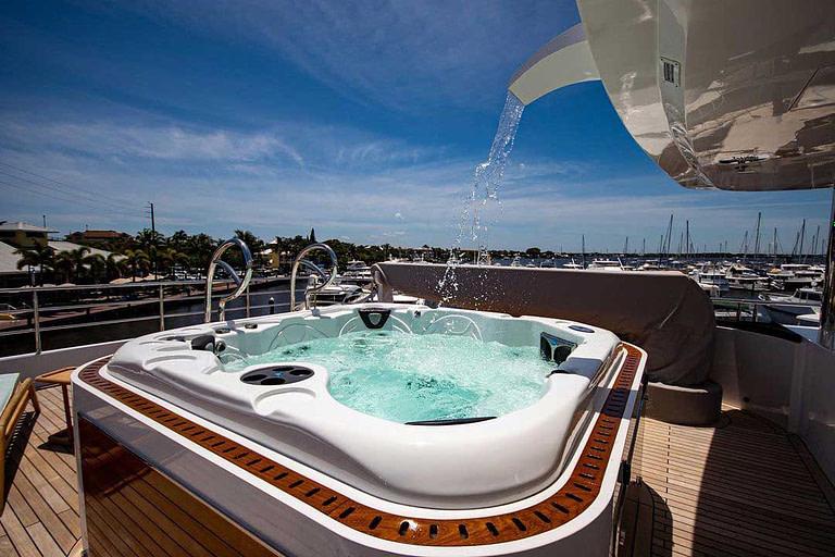 gulf craft majesty 140 price Sun Deck Jacuzzi 04