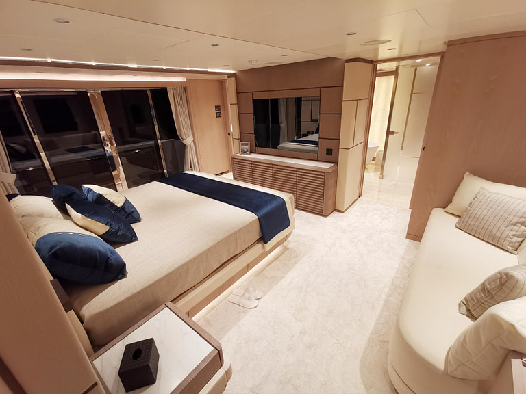 gulf craft majesty 140 price yacht for sale interior master suite bedroom bathroom