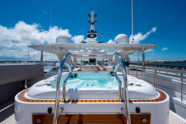 gulf craft majesty 140 price Sun Deck Jacuzzi