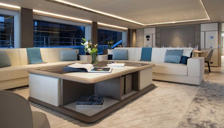 gulf craft majesty 140 price interior lounge area